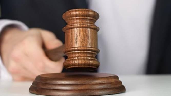 """Jongeman dealt """"om advocaat te kunnen betalen"""""""