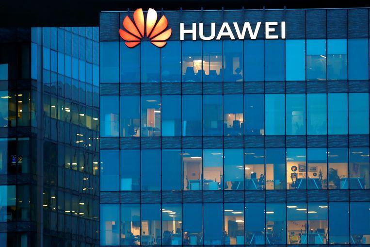 Het kantoor van Huawei in het Franse Boulogne-Billancourt. Beeld Reuters
