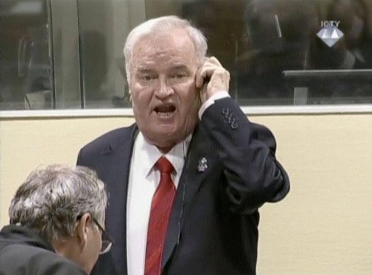 Mladic na zijn veroordeling gisteren. Beeld REUTERS