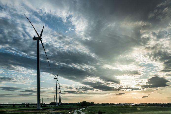 Windmolenpark Meteren vanaf de Markkade ; windmolens ; betuwewind ; windenergie ; knooppunt deil ; a2 ; a15 ; duurzaam ; windpark ; windturbine ; windturbines ;