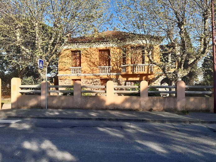 Het huis van wijnboer Jean-Philippe Victor dat al zeven maanden gekraakt wordt