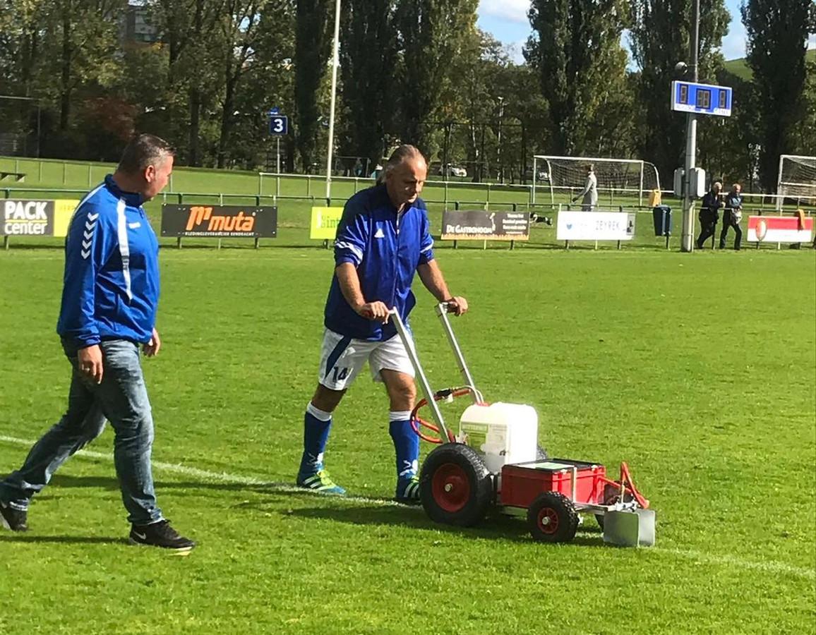 André Bastiaanse zet de lijnen opnieuw bij Eendracht Arnhem en redt de wedstrijd.