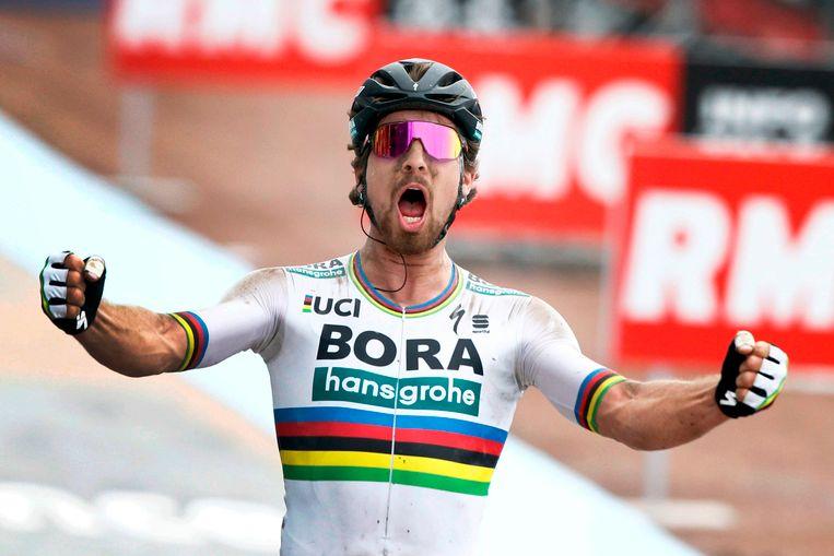 De Slovaak Peter Sagan mocht Parijs-Roubaix gisteren op zijn naam schrijven.  Beeld AP