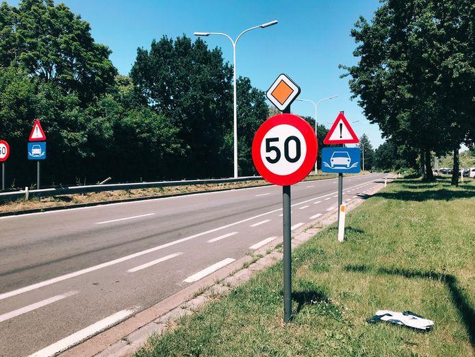 De snelheid op de N41 in Hofstade is voortaan beperkt tot 50 km per uur.