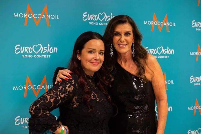 De aftrap voor het Eurovisie Songfestival 2021 was in 2019 al, tijdens het Grote Songfestivalfeest in de Ziggodome in 2021. Voor dit event kapte Petra al veel artiesten die ooit aan het Songfestival hebben deelgenomen. Hier met Linda Martin, die voor Ierland uitkwam in de jaren '90.