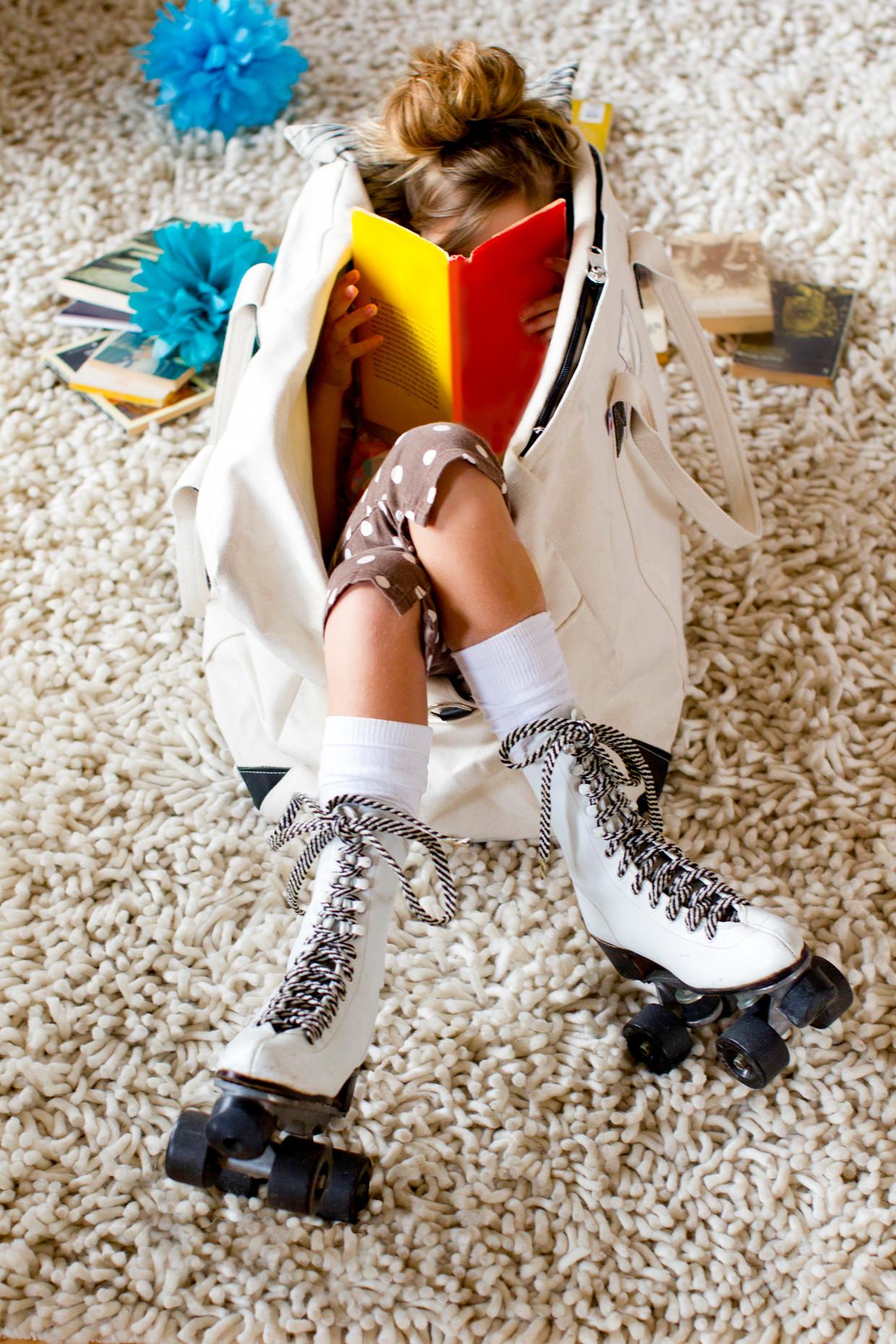 Niets anders te doen dan thuis zitten en de beste kinder- en jeugdboeken lezen.  Beeld Getty Images