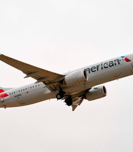 Piloot Boeing 737 MAX zet motor uit na defect, toestel landt veilig