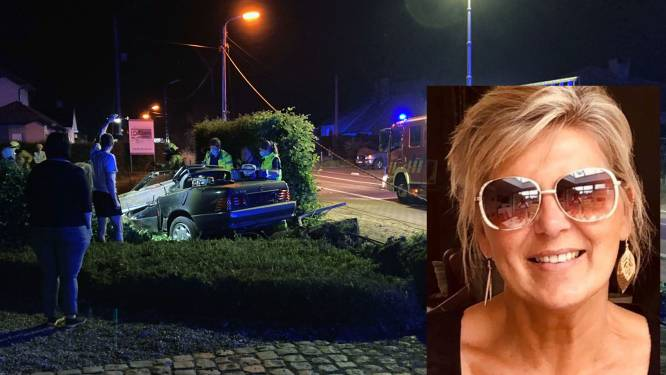 """Garagist crasht met cabrio tegen elektriciteitspaal na avondje uit, vriendin Paula (59) overleeft het niet: """"Ze was een crème van een vrouw die altijd luisterend oor bood"""""""