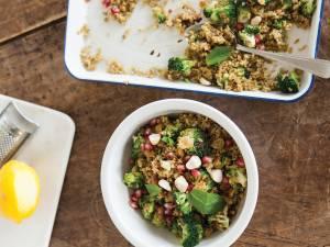 Wat Eten We Vandaag: Freekehsalade met munt en macadamia's