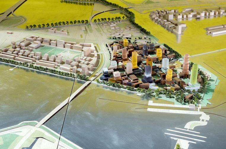 De plannen voor de Sluisbuurt, een nieuwe duurzame, groene woonwijk aan het water met 5.500 woningen. Beeld Jean-Pierre Jans