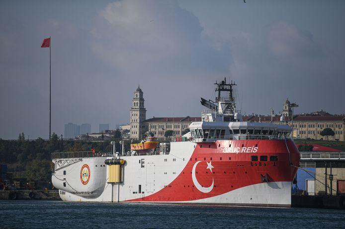 La situation tendue depuis des semaines entre Athènes et Ankara s'est détériorée lundi après le déploiement par Ankara d'un navire de recherche sismique, escorté par des bâtiments militaires, dans le sud-est de la mer Egée.