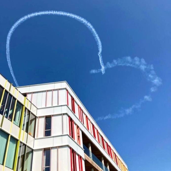 Een hartje in de lucht dat de stuntpiloot maakte.