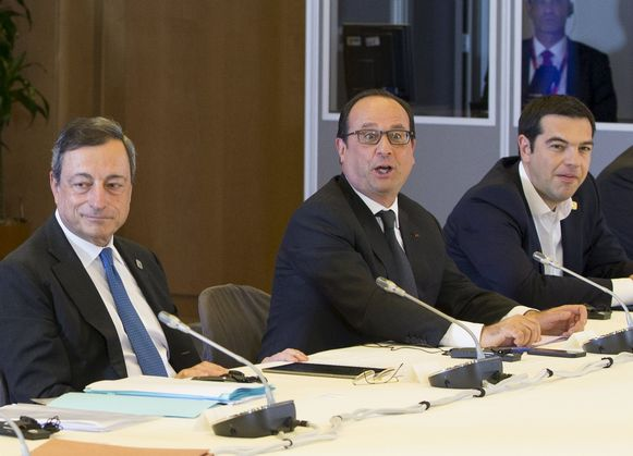ECB-president Mario Draghi met Hollande en Tsipras.