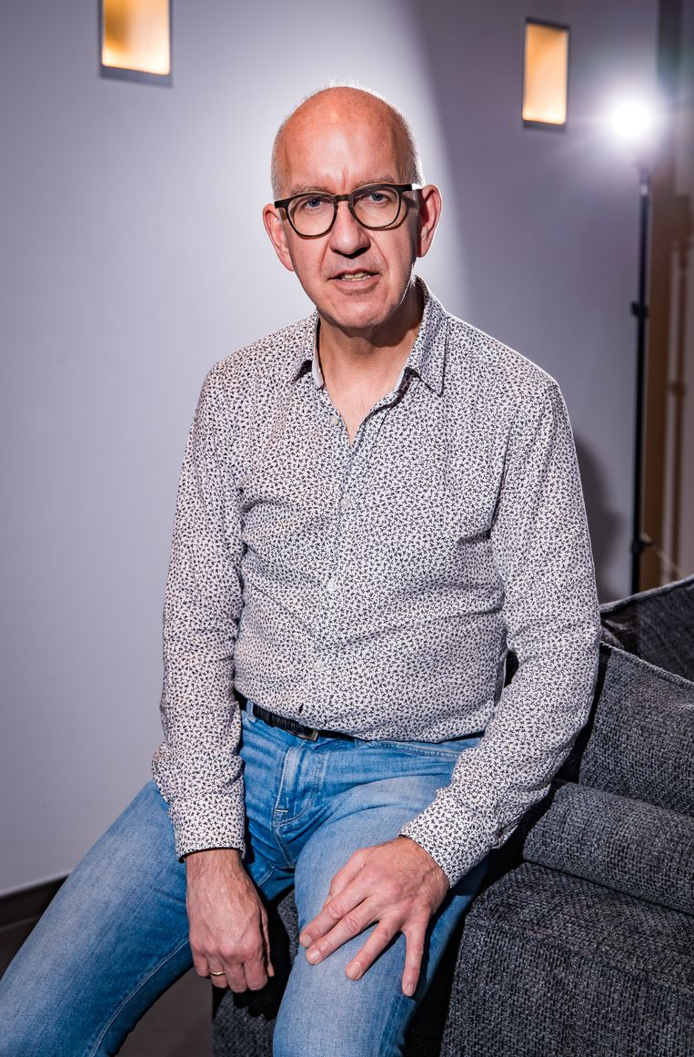 Geert Molenberghs: 'We moeten nu vooral uitkijken voor vaccine escape-mutanten, die tegen de vaccins bestand zijn.' Beeld Joel Hoylaerts/Photo News