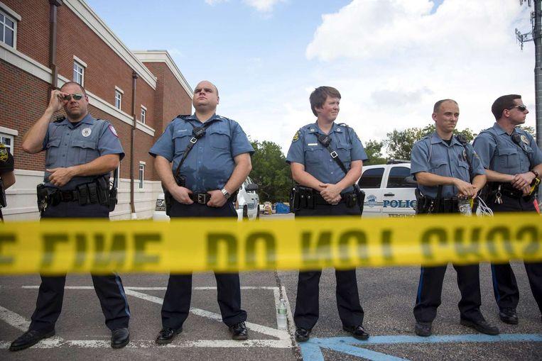 De politie van Ferguson tijdens een demonstratie voor de 18-jarige doodgeschoten Michael Brown. Beeld afp