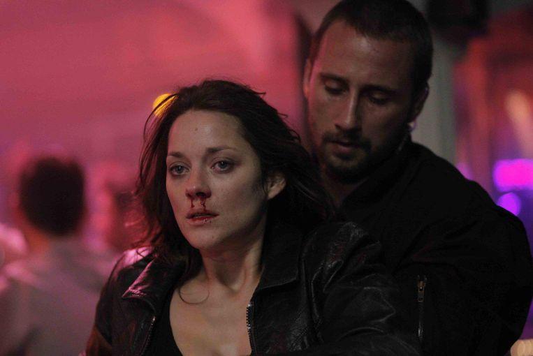Marion Cotillard en Matthias Schoenaerts in De rouille et d'os. Beeld