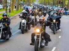 Politie kijkt vandaag via camera's live mee in het uitgaansgebied van Apeldoorn vanwege RMS-dag