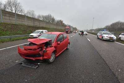 Gewonde bij ongeval met 5 auto's op A58 bij Ulvenhout