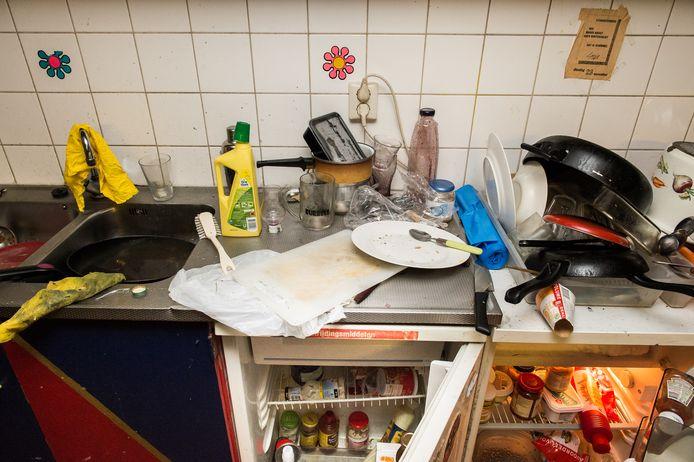 Een vieze keuken in een studentenflat. Foto ter illustratie.