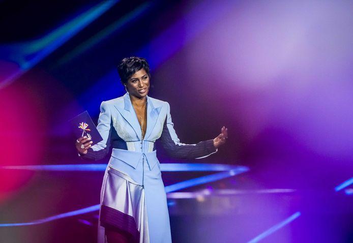 Edsilia Rombley tijdens de finale van het Eurovisie Songfestival.
