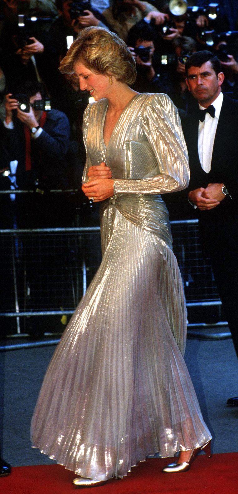 Prinses Diana bij de James Bond-première 'A view to kill' in 1985. Beeld Getty Images