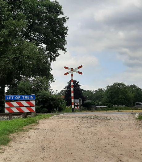 Zutphen weigert mee te betalen aan niet beveiligde spoorwegovergangen: 'Toeters hoor je hier dagelijks'