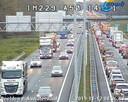 Op de A50 bij Ewijk liep het vanochtend flink vast.