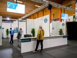 Vaccinatiedorp in sporthal Appels start weer op: prikken voor duizend personen in één week