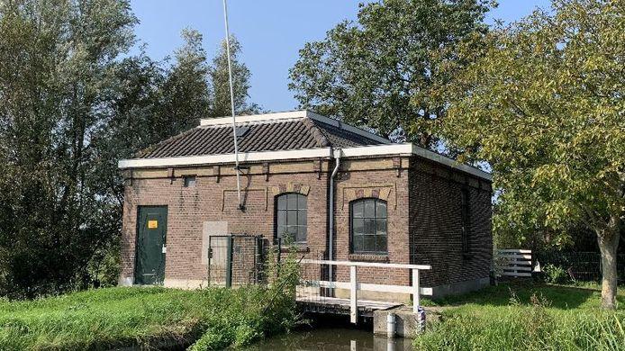 Het monumentale gemaal Dorppolder in Schipluiden wordt gerenoveerd.