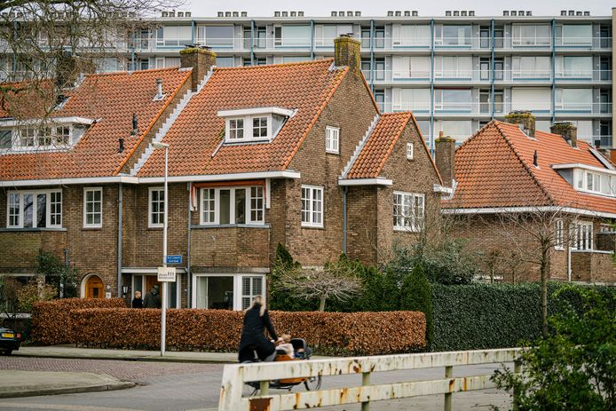 Jarendertigwoningen in de wijk Tuindorp in Utrecht.