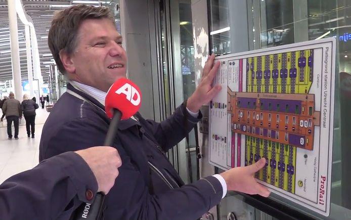Jos Sprenkels (45) uit Zeist neemt de proef op de som.