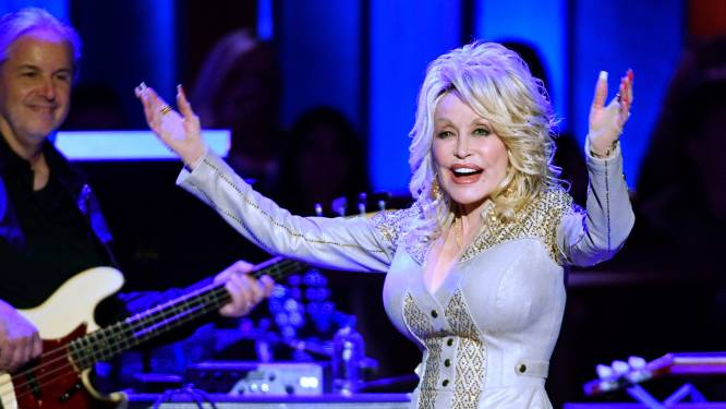 De revival van Dolly Parton: hoe de countryster nu ook voor een coronadoorbraak zorgde