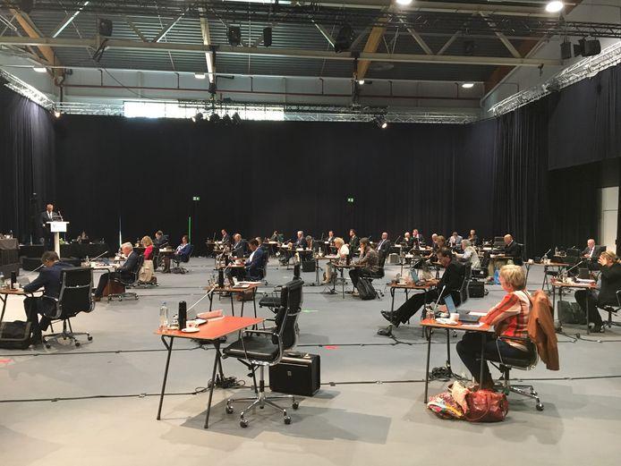 De Staten vergaderen in Studio A58 in Middelburg