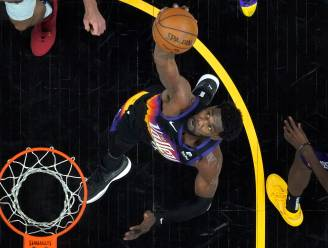 Buzzer beater! Ayton zet Phoenix Suns op dubbele voorsprong in Western Conference Finals