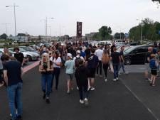 Politie deelt 26 bekeuringen uit bij drukbezochte carmeeting in Apeldoorn