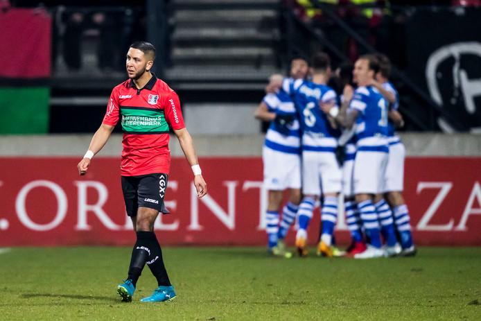 NEC-speler Mohamed Rayhi (links).