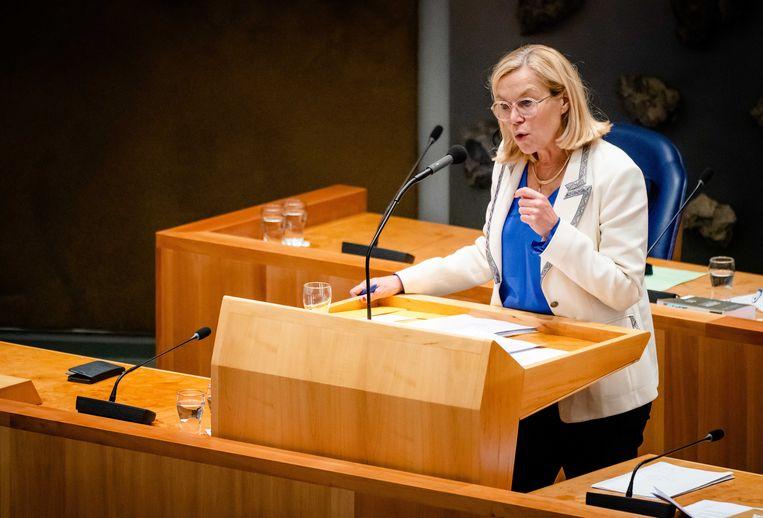 Demissionair Minister Sigrid Kaag van Buitenlandse Zaken (D66) tijdens het debat rondom de evacuatie  Beeld ANP