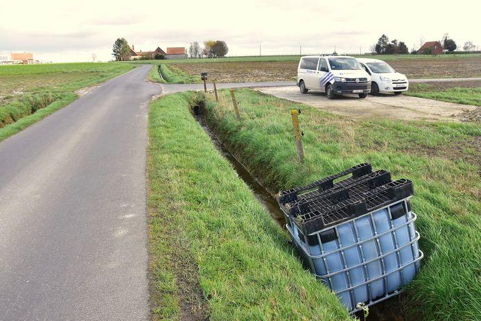 Een gelijkaardig vat werd gedumpt in Bocholt (Foto: Ter illustratie)