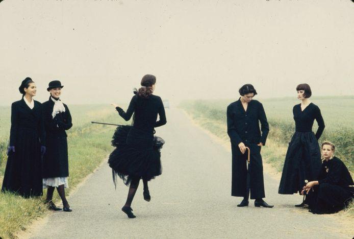 Sacha van Dorssen - 1988 Marie Claire Chateau de Rarey Oise. Te zien in het Stedelijk Museum Breda.