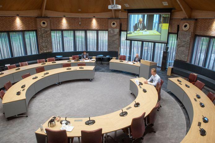 De raadsvergadering van 4 april 2020 in Meierijstad met maar één raadslid: Thijs van Zutphen.