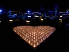Adembenemend! Duizenden lampionnen verlichten Madurodam