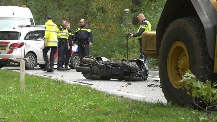 Een verkeersregelaar kwam om bij het ongeluk in Lettele.