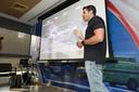 Arts Bengod legt de technologie van MDGo uit.