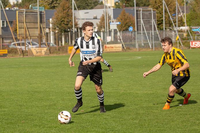 SPV won eerder dit seizoen met 1-7 van HVV Helmond. De Helmonders krijgen een kwaliteitsimpuls met de spelers van de failliete derdeklasser  Oranje Zwart.