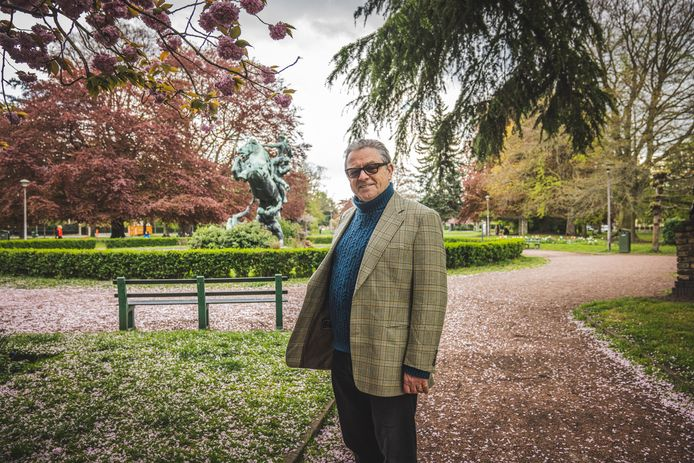 Buurtbewoner Wim Vandekerckhove (65) woont al zijn hele leven in het Miljoenenkwartier. Hij wil liever terugkeren naar de plannen die in 1926 voor het park werden opgemaakt.