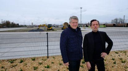 """Bewoners Leuvensesteenweg zijn ongerust over bouw nieuwe opslagplaats voor afval: """"We vrezen nog meer verkeer-, geur- en lawaaihinder"""""""