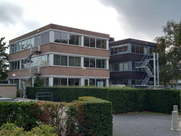 Het bewuste kantoorgebouw aan de Nassaulaan.