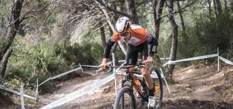 Weer tegenslag voor Nijmeegse mountainbiker Nordemann: beenbreuk
