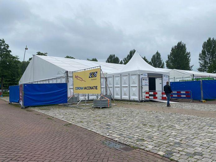 De vaccinatielocatie in Kampen gaat dicht.
