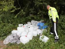 Tientallen jerrycans met vermoedelijk drugsafval aangetroffen in Zoetermeer